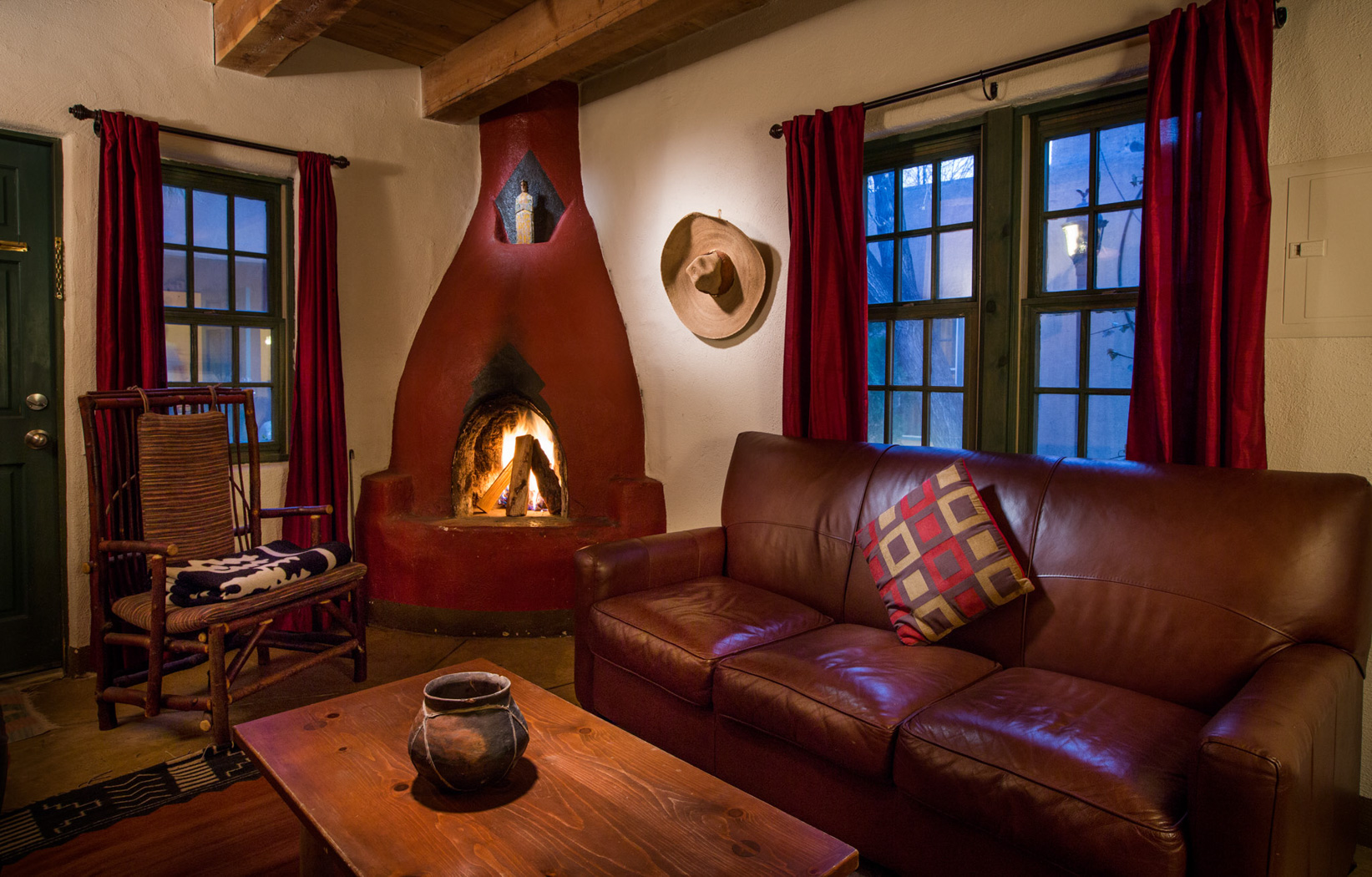 Historic Hotels In Sanfe Fe Nm Rooms Las Palomas Hotel