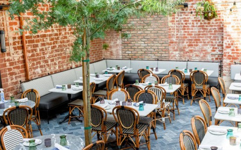 Outdoor dining at Violet LA
