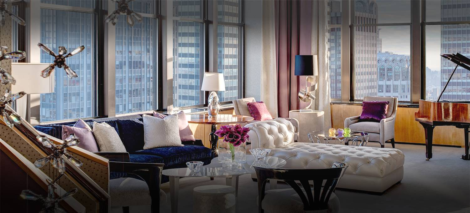 Jewel Suite suite living room with a grand piano featuring new york city skyline views