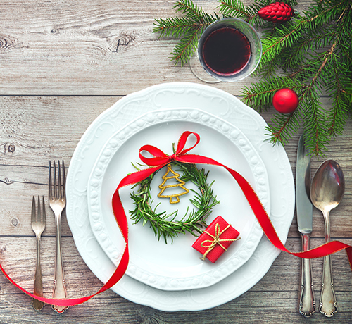 white plate with Christmas decorations