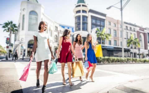 girls shopping on rodeo drive