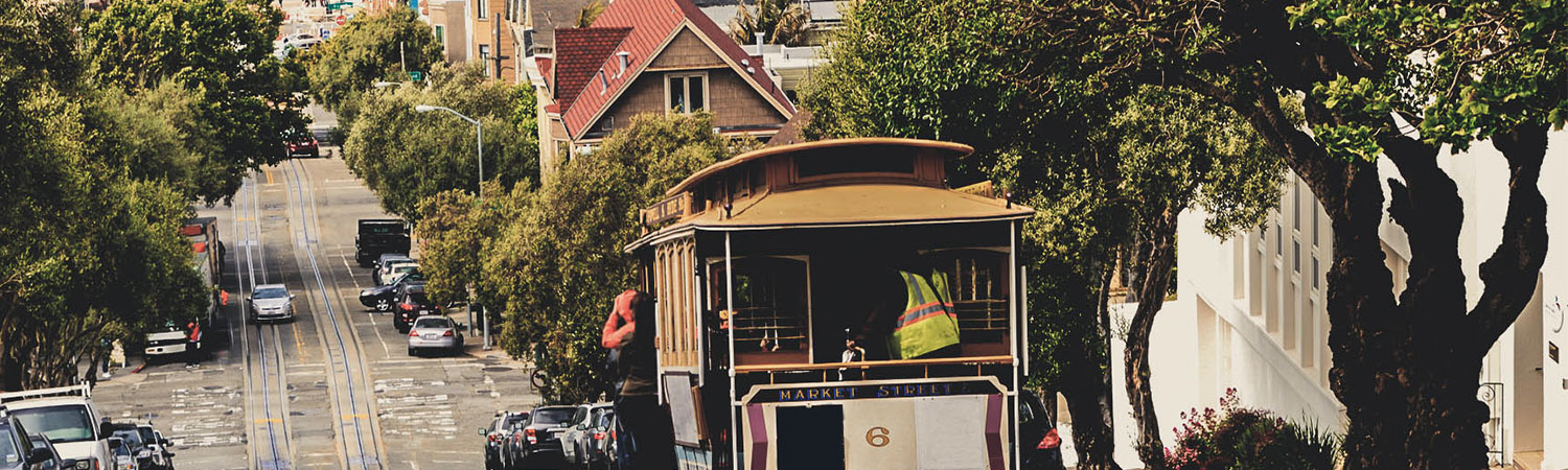 trolley on lombard street