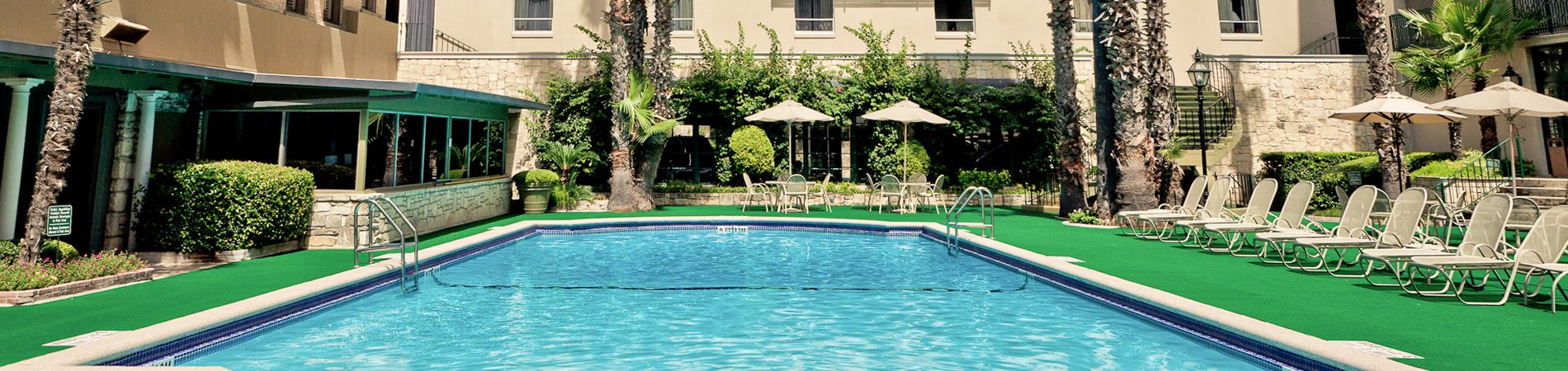 the pool deck at the menger