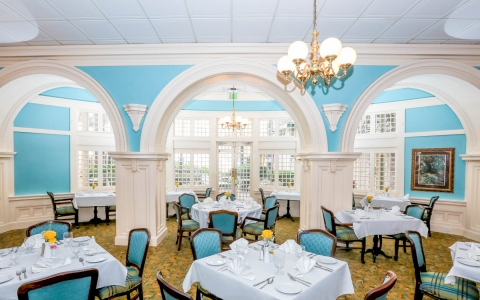 Colonial Restaurant dining area