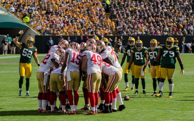 San Francisco 49ers Huddle Against Packers