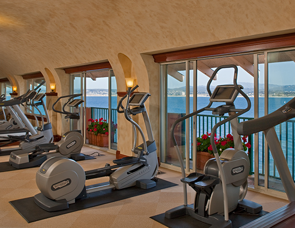 exercise machines in the hotel gym
