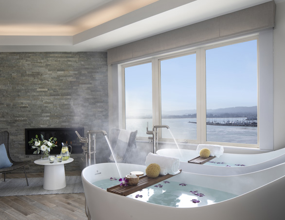spa baths overlooking the ocean