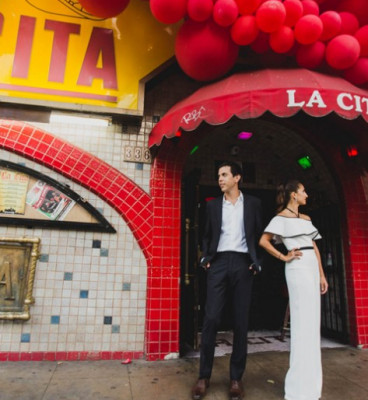 couple in front of la cita bar