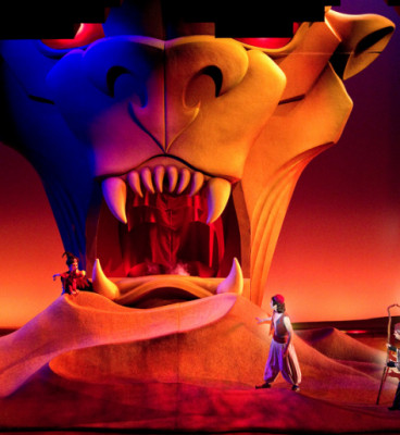 Entrance to Cave of Wonders scene from Aladdin the Musical 5aa01e6e5d04d 473x594