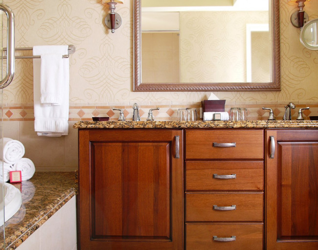 double sink vanity with bath tub