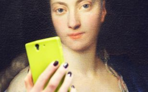 Traditional  Portrait of 17th Century Woman for Selfie Museum