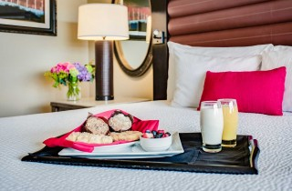 overton_room_breakfast in bed gallery