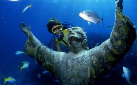 Monthly Immersions at the History of Diving Museum
