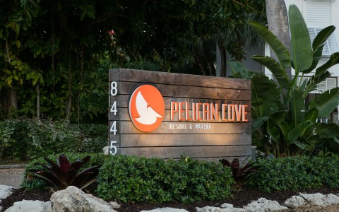 Pelican Cove sign