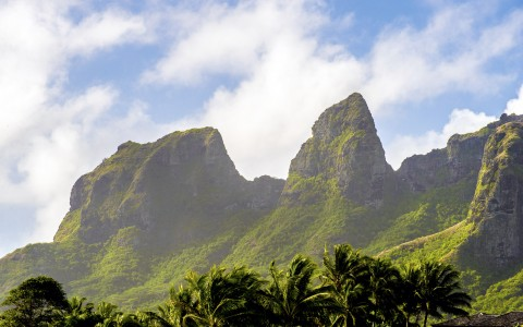 Kauaiian Mountains