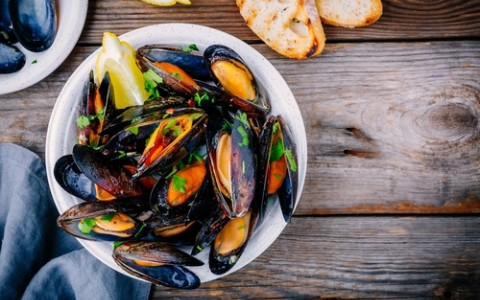 seafood mussels