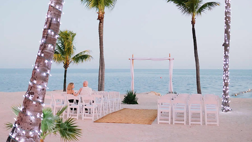 Rum Runners Beach wedding ceremony