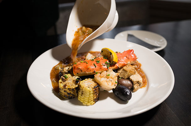 Corn, Shrimp, and mussels