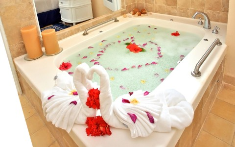 Spa with roses and hearts