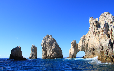 5 Reasons to Visit Los Cabos this Winter Blog Post