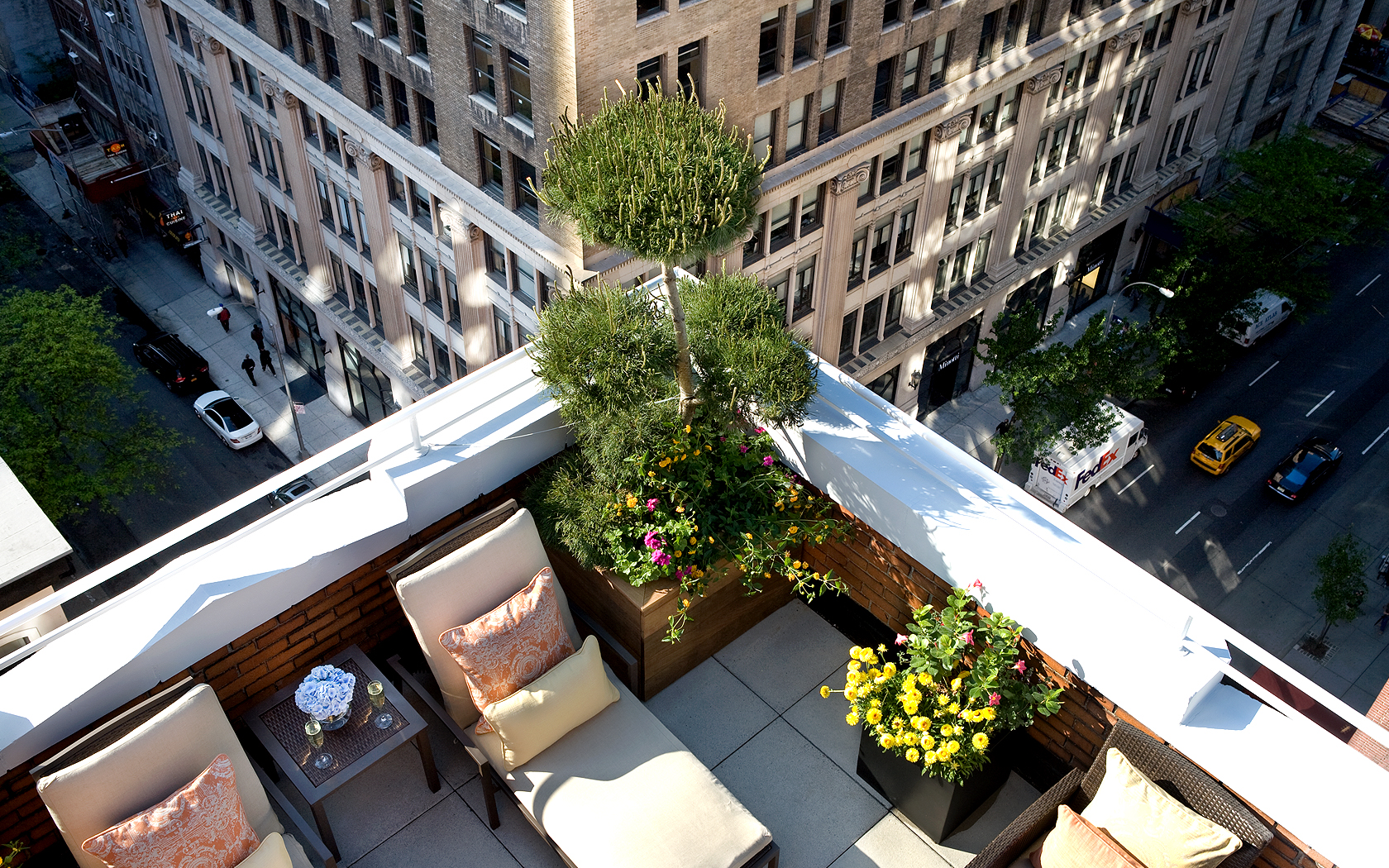 Flatiron nyc hotel new york city accommodations roger for Terrace new york