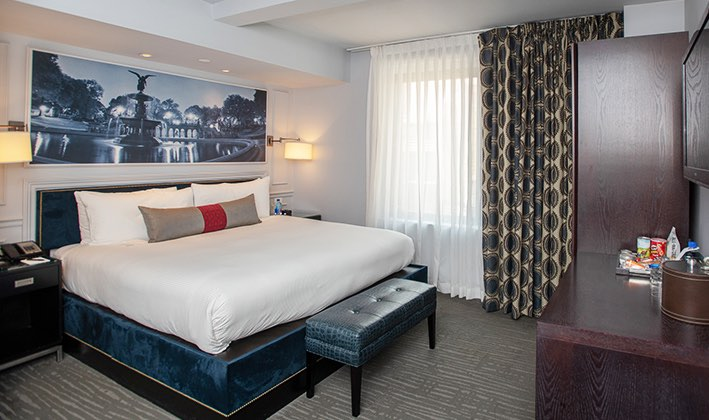 Astounding Hotel Rooms In Midtown Manhattan The Roger Hotel Nyc Home Interior And Landscaping Mentranervesignezvosmurscom