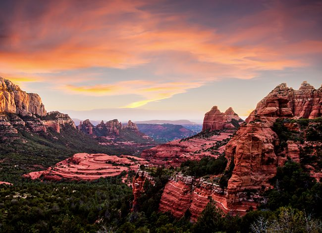 rock formations in sedona at sunset