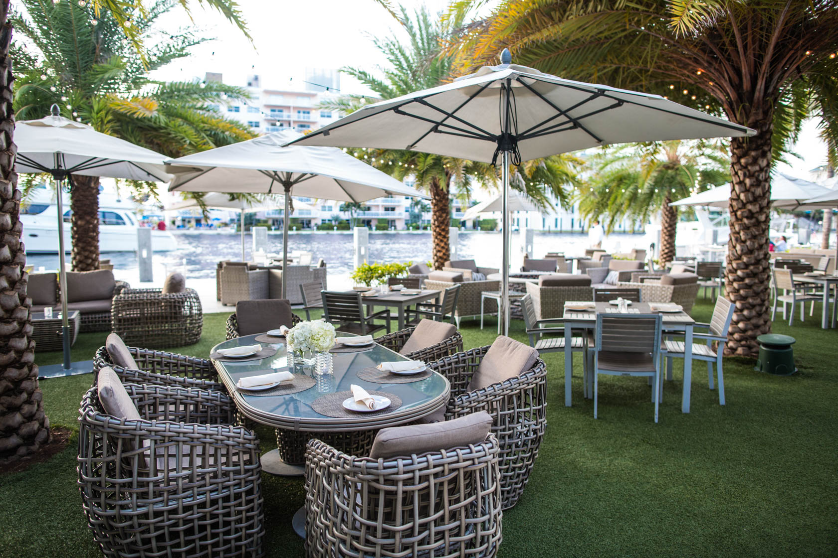 Waterfront Restaurant On Intercoastal In Fort Lauderdale