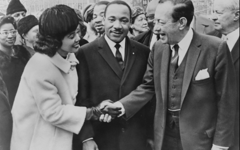 Coretta Scott King & Martin Luther King Jr. at Rally
