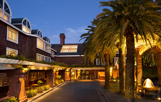 stanford park hotel at night