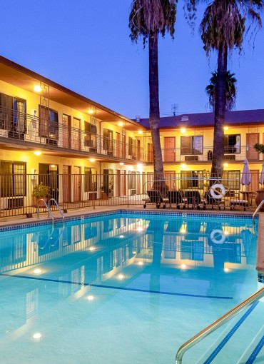 Studio city court yard pool