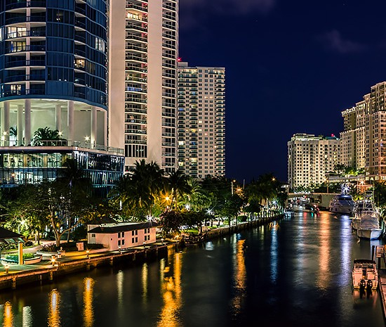 Ft Lauderdale Riverwalk at night