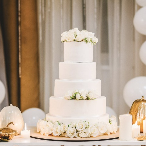 white three tier wedding cake