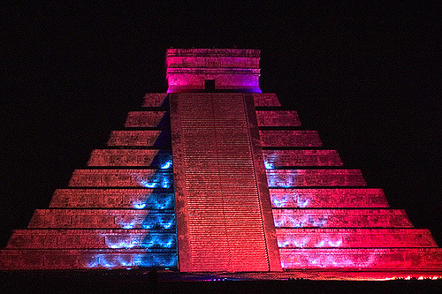 chichen itza at night mexico travel