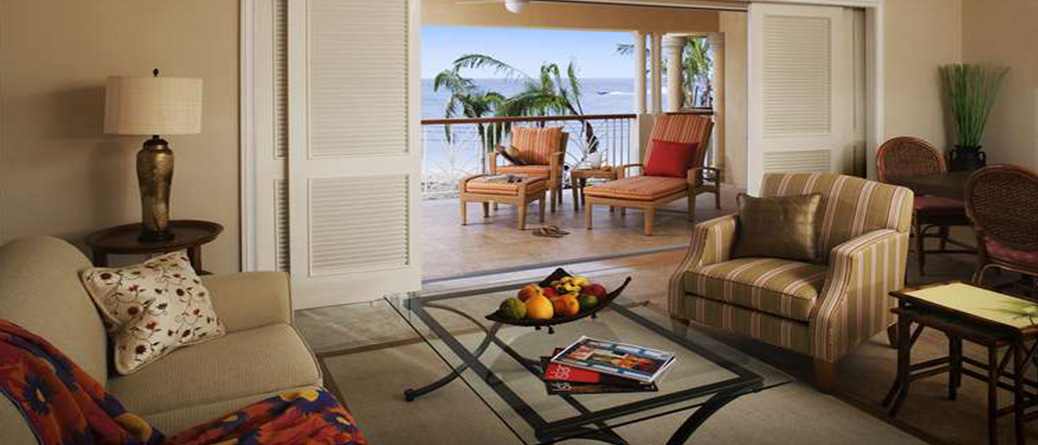Beachfront Villa Suites