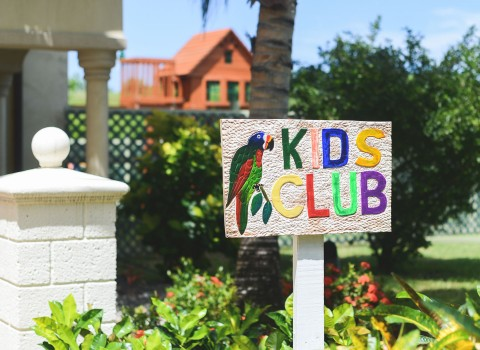 Kids Club sign