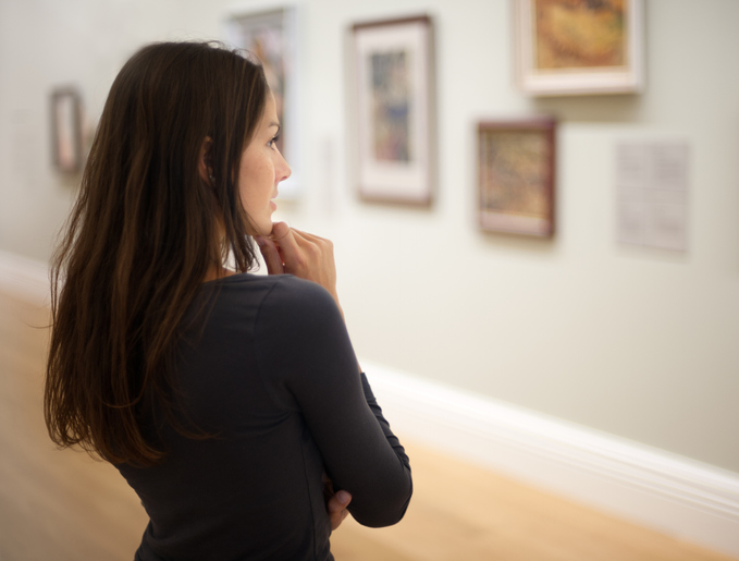 woman at museum