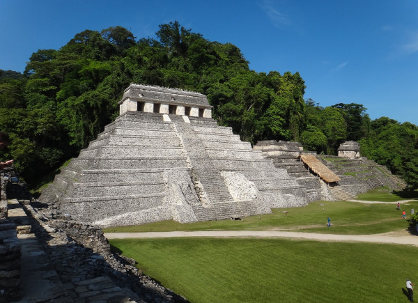 Mayan temple at Palenque