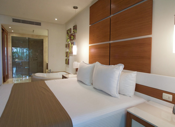Reef28 Rooms MasterSuite5