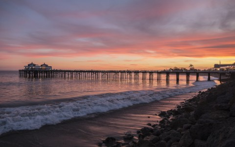 sunset at the malibu pier