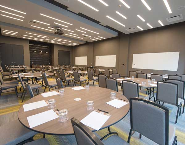 Meeting Room at The Summit, A Dolce Hotel by Wyndham