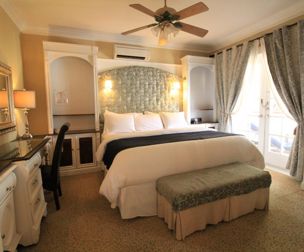 The Grande Riverview Suite-210