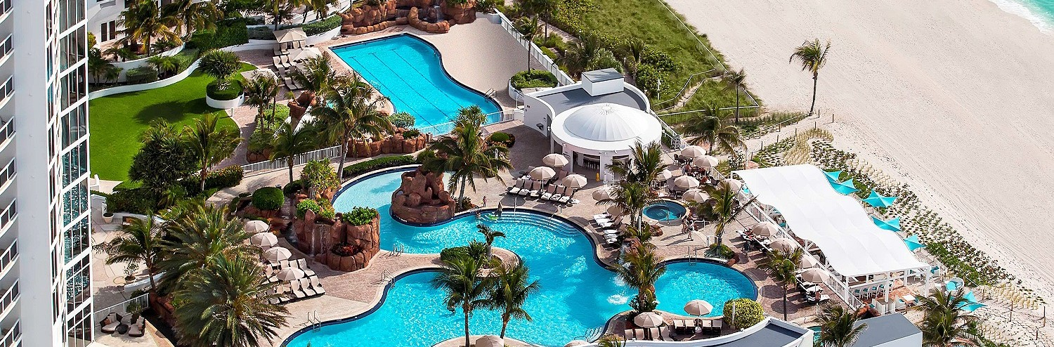 Trump International Beach Resort Arial view of the pool and the ocean view