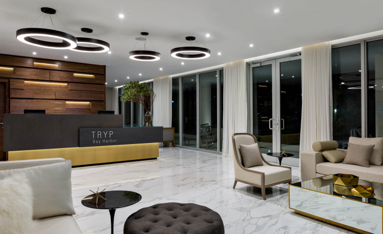 Tryp Miami hotel lobby and front desk