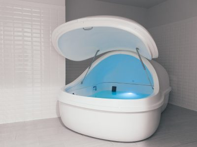 Flotation therapy tub
