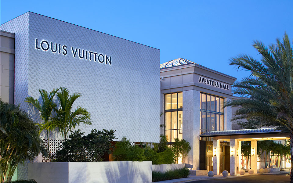 Louis Vuitton entrance at Aventura Mall