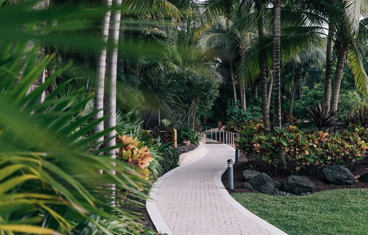 Outside pathway through Turnberry Isle
