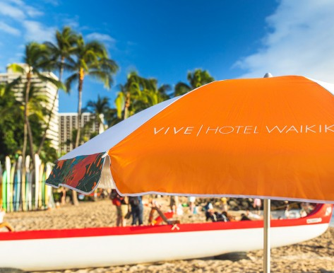 Vive Waikiki Umbrella on beach