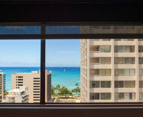 ocean and Waikiki buildings