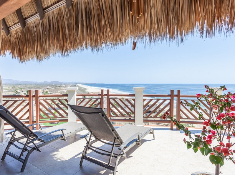 One bedroom penthouse palapa